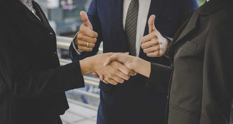 customer-handshake